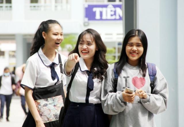 TPHCM không lưu trữ đề thi và bài thi THPT quốc gia qua đêm tại điểm thi - 1