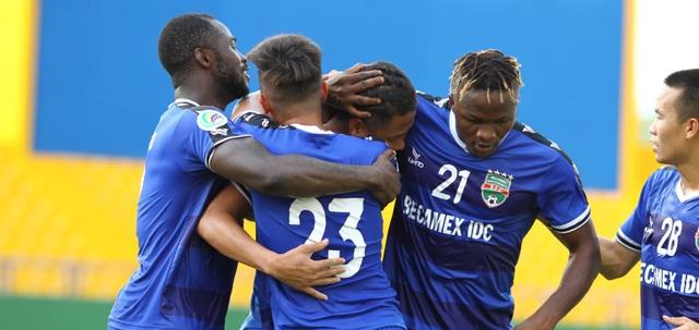Tiến Linh giúp Bình Dương thắng bán kết lượt đi AFC Cup