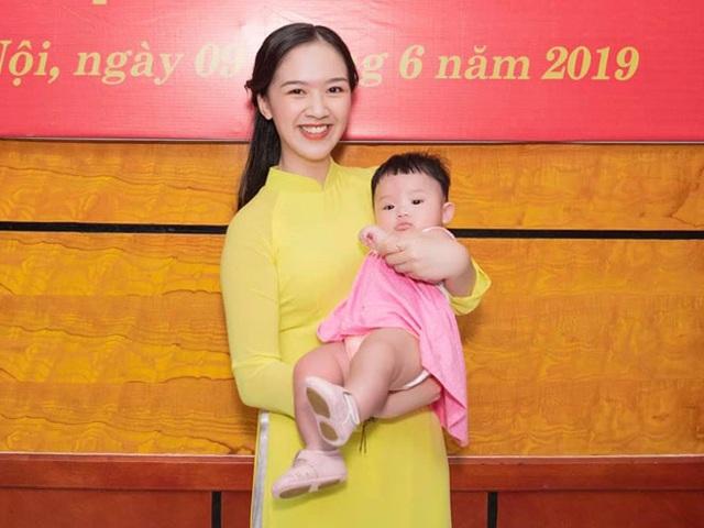 Vừa học đại học vừa mang bầu, Hoa khôi Tràng An vẫn tốt nghiệp loại giỏi - 5