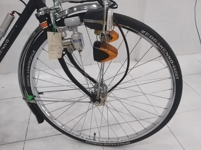 """Xe đạp """"thủy thủ"""" chưa lăn bánh sau 55 năm có giá trăm triệu ở TPHCM - 4"""