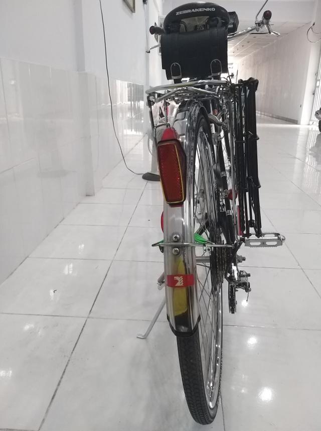 """Xe đạp """"thủy thủ"""" chưa lăn bánh sau 55 năm có giá trăm triệu ở TPHCM - 12"""