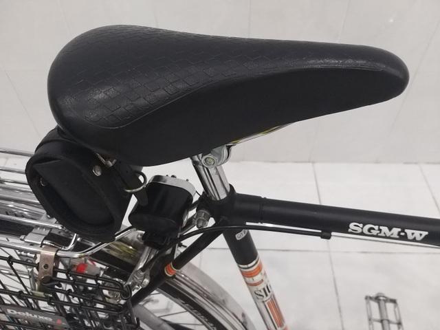 """Xe đạp """"thủy thủ"""" chưa lăn bánh sau 55 năm có giá trăm triệu ở TPHCM - 8"""