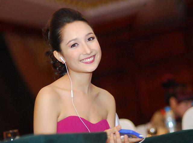 Những cô con gái tài năng, xinh đẹp, nói tiếng Anh như gió của sao Việt - 5