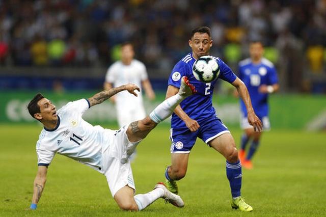 Messi ghi bàn, Argentina may mắn thoát thua Paraguay - 4