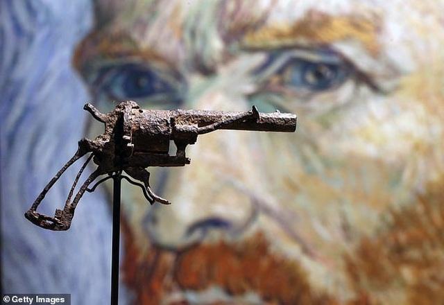 Khẩu súng lấy đi sinh mạng danh họa Vincent Van Gogh có giá hơn 4 tỷ đồng - 2