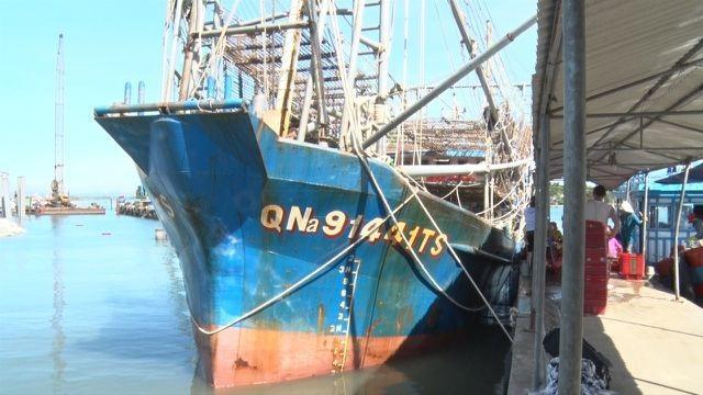 Việt Nam yêu cầu Trung Quốc xử lý nghiêm tàu công vụ xua đuổi ngư dân tại Hoàng Sa - 1