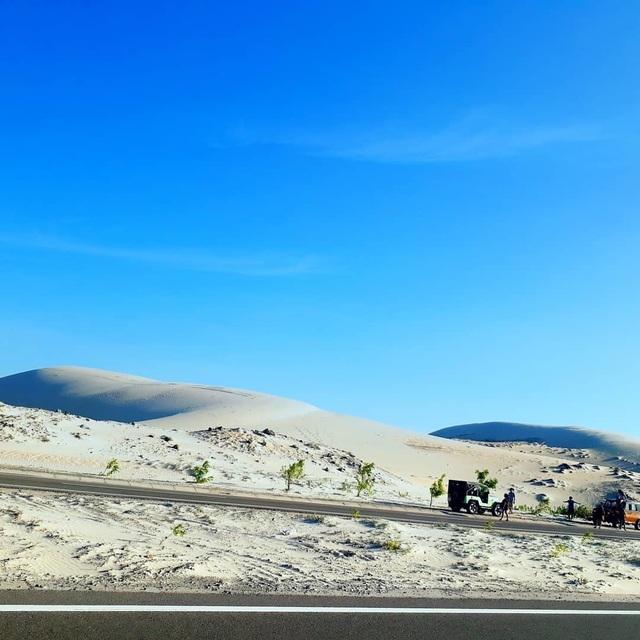 """Khám phá Bàu Trắng – nơi được mệnh danh là """"sa mạc Sahara ở Việt Nam"""" - 1"""