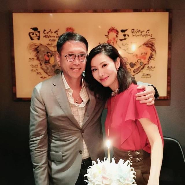 Hoa hậu Lý Gia Hân trẻ đẹp đáng ngưỡng mộ ở tuổi 49 - 4