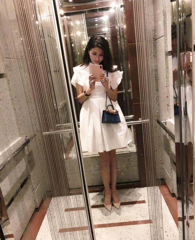 Hoa hậu Lý Gia Hân trẻ đẹp đáng ngưỡng mộ ở tuổi 49 - 7