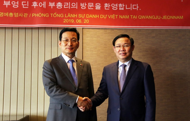 """Phó Thủ tướng Vương Đình Huệ nói về những """"sứ giả nhân dân"""" Việt - Hàn - 1"""