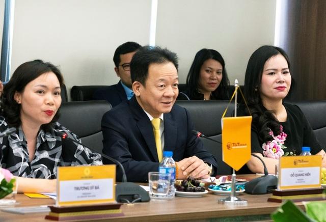 Bộ trưởng Ngoại giao Cộng hòa Bờ Biển Ngà Marcel Amon đến thăm và làm việc tại TT Group - 1