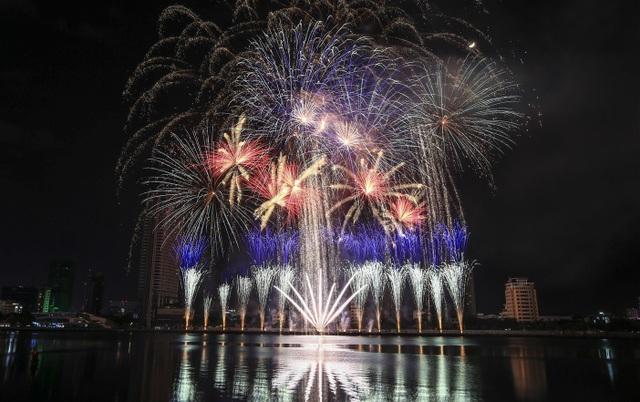 Lễ hội pháo hoa quốc tế Đà Nẵng: khơi nguồn cảm xúc bất tận - 1
