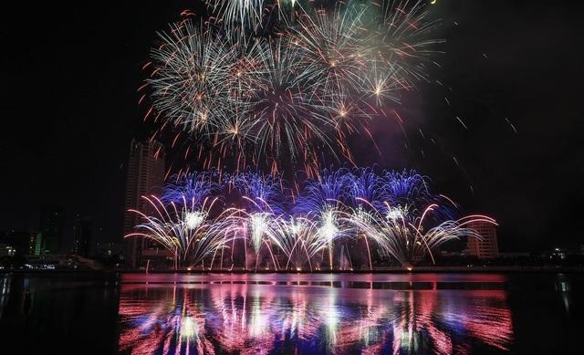 Lễ hội pháo hoa quốc tế Đà Nẵng: khơi nguồn cảm xúc bất tận - 2