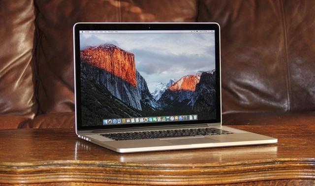 Apple thu hồi laptop MacBook Pro vì lỗi pin quá nóng, nguy cơ cháy nổ - 1