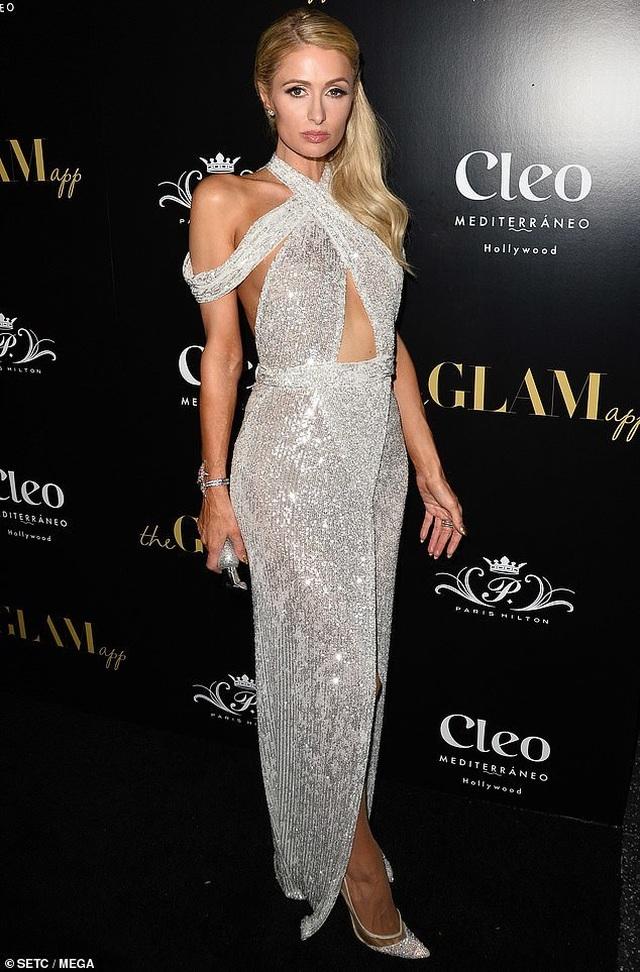 Paris Hilton xinh đẹp và trẻ trung ở tuổi 38 - 2