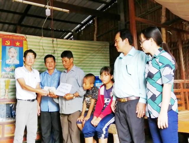 Bạn đọc Dân trí giúp hơn 52 triệu đồng đến người đàn ông Khmer nghèo ở Bạc Liêu - 2