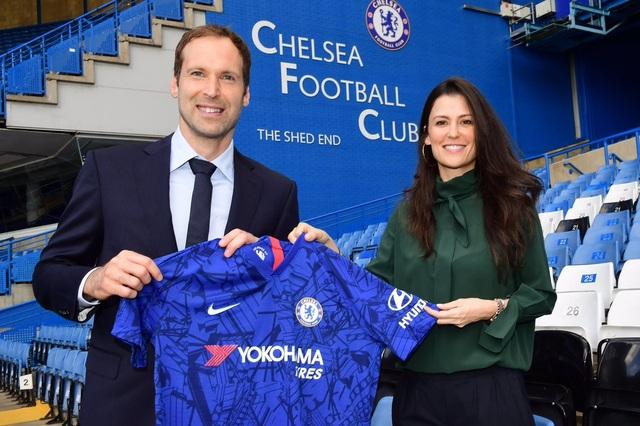 Chelsea chính thức đón Petr Cech trở lại - 1