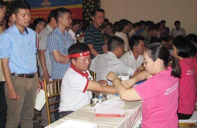 Cán bộ xã 55 tuổi 31 lần hiến máu cứu người - 1