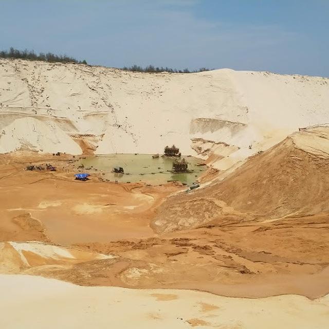 Tìm thấy thi thể công nhân mất tích trong vụ sụt cát ở mỏ titan - 1