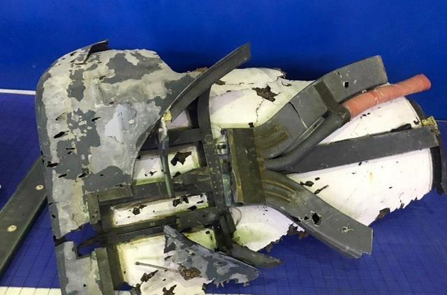Iran kiềm chế không tấn công máy bay chở 35 quân nhân Mỹ  - 3