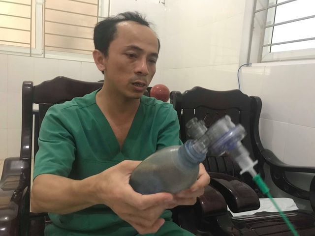 Lời kể của bác sỹ về 7 phút sinh tử cứu cháu bé hóc thạch từ cõi chết trở về - 3