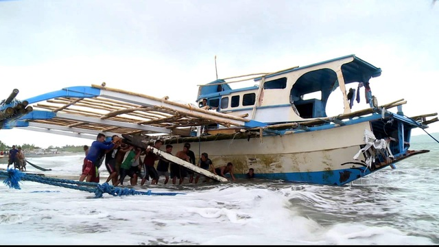 Philippines muốn mời nước thứ 3 tham gia điều tra vụ va chạm với tàu Trung Quốc - 1