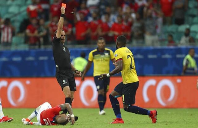 Sanchez nổ súng tằng tằng, Chile giành vé vào tứ kết Copa America - 3