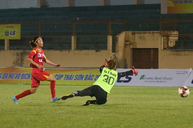 Đội nữ TPHCM thắng đậm Sơn La tại giải bóng đá nữ vô địch quốc gia 2019 - 1