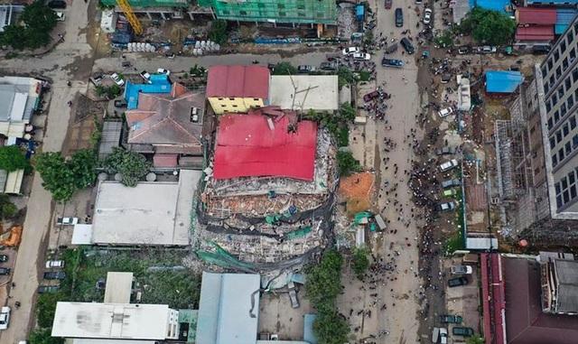 Sập tòa nhà do Trung Quốc đang xây dựng ở Campuchia, 30 người nghi bị chôn vùi - 2