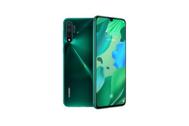 """Giữa """"tâm bão"""", Huawei vẫn trình làng thêm 3 smartphone sở hữu cụm 4 camera - 1"""