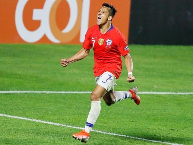 Alexis Sanchez đá 2 trận ở Copa America bằng cày cả năm ở Man Utd - 1