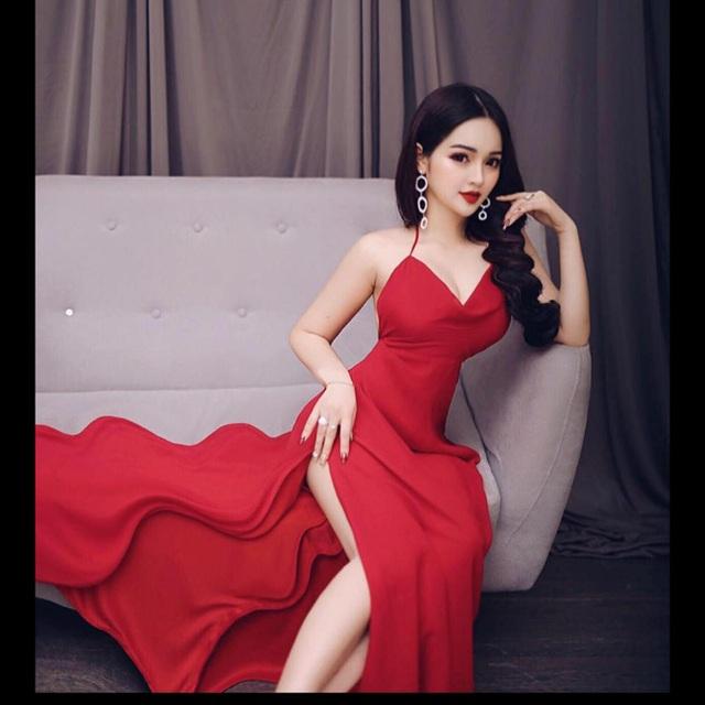 2 hot girl Đà Nẵng mặt xinh như búp bê, thân hình rực lửa - 19