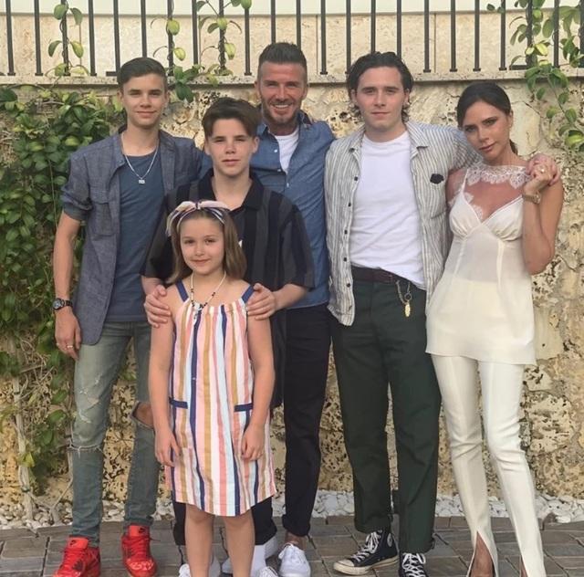 Vợ chồng Beckham thay đổi thế nào sau 20 năm gắn bó trong hôn nhân? - 11