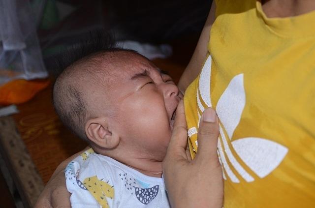Lời khẩn cầu của người cha ung thư: Mong các bác cho con có hộp sữa là mãn nguyện rồi! - 9