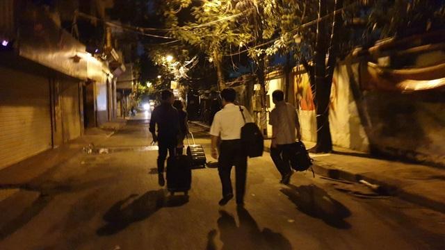 Giảng viên đại học rời Hà Nội từ 4h sáng lên đường làm nhiệm vụ thi - 4