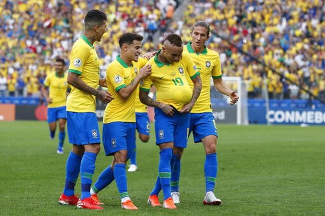 Brazil 5-0 Peru: Chiến thắng tưng bừng - 2