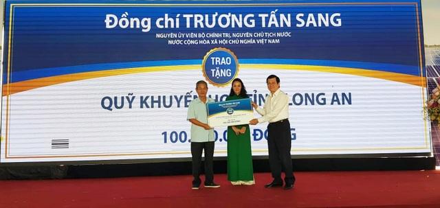 Long An: Nhà máy điện mặt trời hơn 1000 tỉ đồng đi vào hoạt động - 5