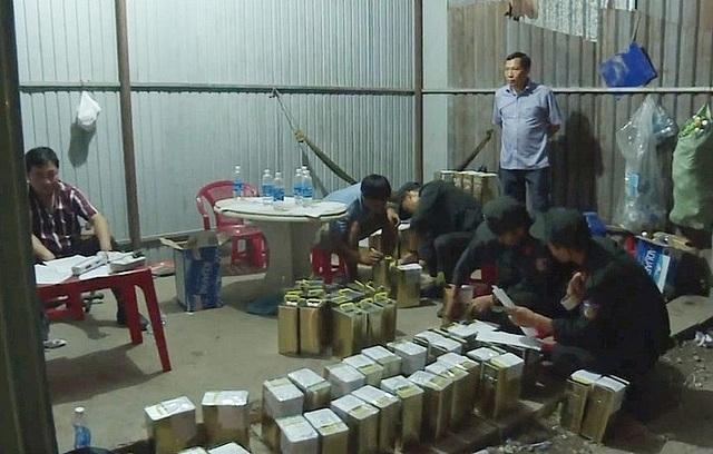 Cần làm rõ đường dây sản xuất, buôn bán xăng giả của Trịnh Sướng - 2