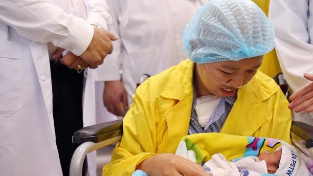 BTV Diệp Chi xúc động kể về hành trình gặp lại con của người mẹ ung thư giai đoạn cuối - 2