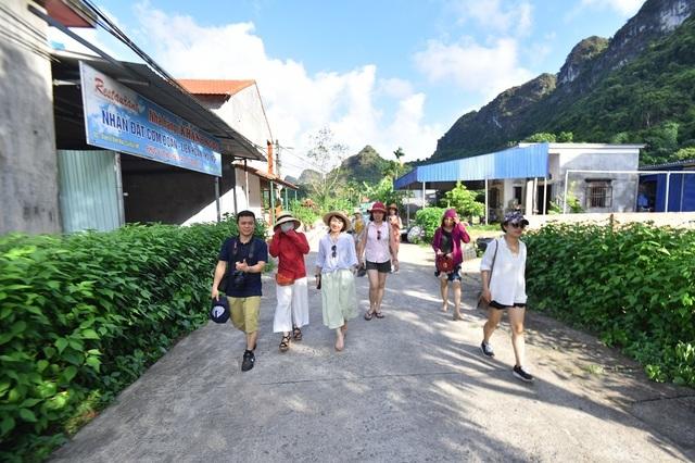 Khám phá Việt Hải – làng chài thơ mộng ít người biết ở đảo Cát Bà - 4