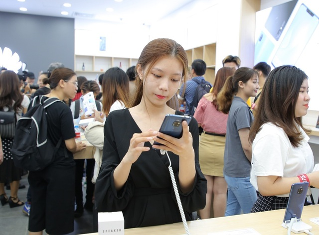 Huawei khai trương cửa hàng thứ 6, thể hiện cam kết phát triển lâu dài tại Việt Nam - 5
