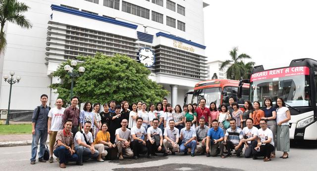 Hơn 800 giảng viên trường ĐH Bách Khoa HN đến Thanh Hóa coi thi - 1