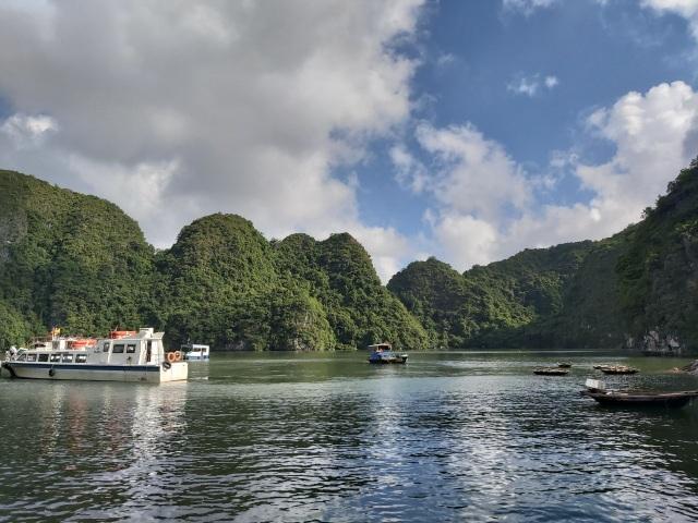 Khám phá Việt Hải – làng chài thơ mộng ít người biết ở đảo Cát Bà - 12