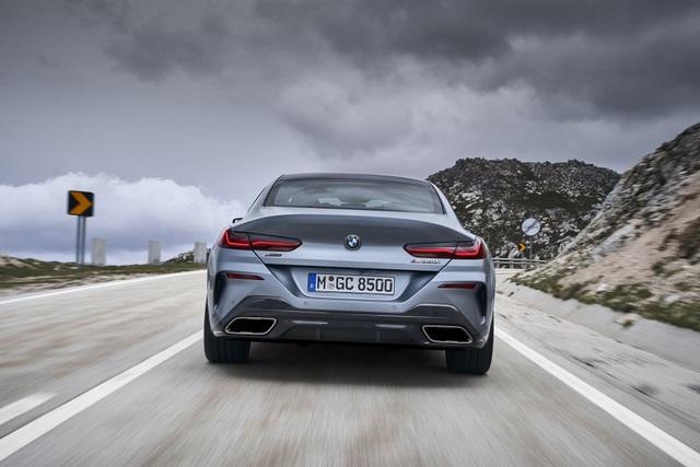 Soi chi tiết mẫu BMW 8-Series Gran Coupe sẽ cạnh tranh Porsche Panamera - 17
