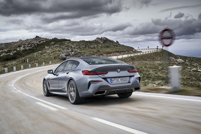 Soi chi tiết mẫu BMW 8-Series Gran Coupe sẽ cạnh tranh Porsche Panamera - 15