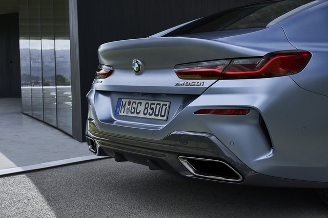 Soi chi tiết mẫu BMW 8-Series Gran Coupe sẽ cạnh tranh Porsche Panamera - 19