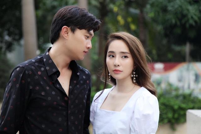 """Quỳnh Nga bị chỉ trích khi """"chen chân"""" vào cuộc hôn nhân Vũ -Thư phim """"Về nhà đi con"""" - 2"""