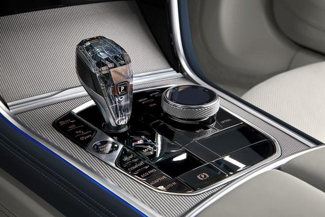 Soi chi tiết mẫu BMW 8-Series Gran Coupe sẽ cạnh tranh Porsche Panamera - 13