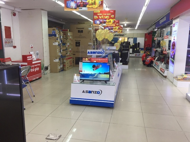 Các siêu thị, trung tâm thương mại: Nơi cấm, nơi vẫn bán đồ của Asanzo - 4