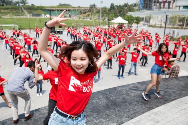 """Học giỏi lại năng động, cô sinh viên Đại học Anh Quốc Việt Nam đúng chuẩn """"con nhà người ta"""" - 1"""
